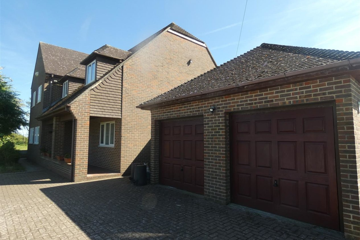 Properties Let Agreed in The Street Stourmouth