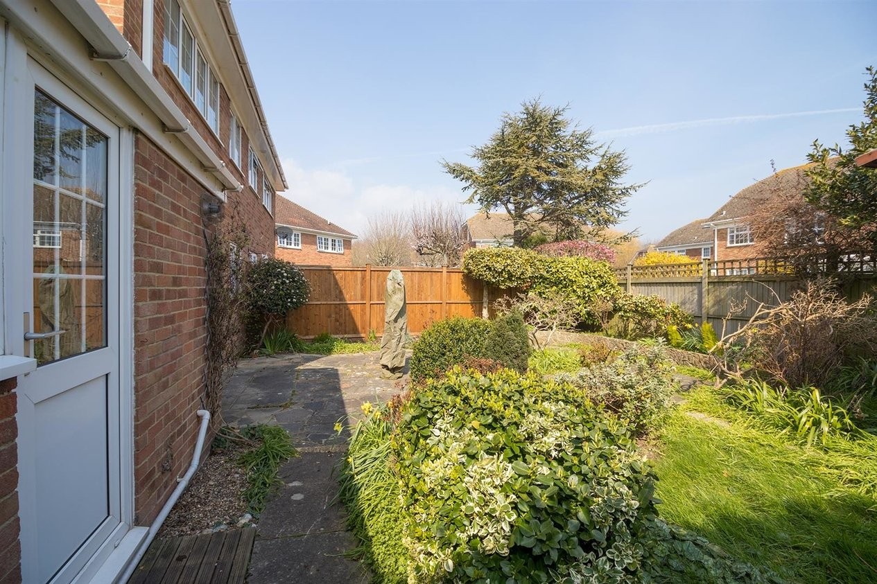 Properties Let Agreed in Sturdy Close