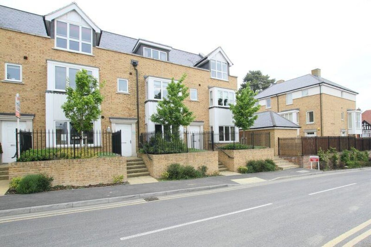 Properties Let Agreed in The Drive Old Dover Road