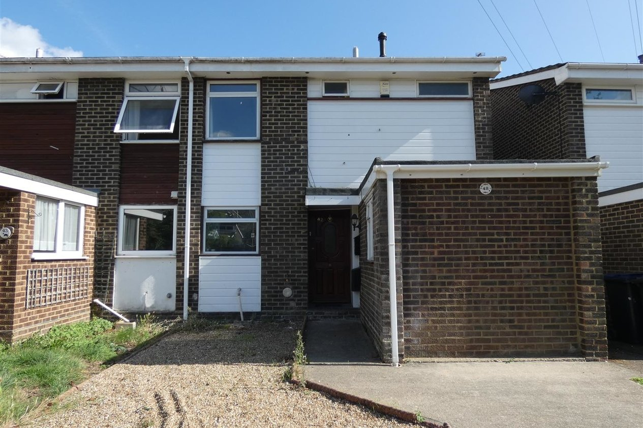 Properties To Let in Ulcombe Gardens