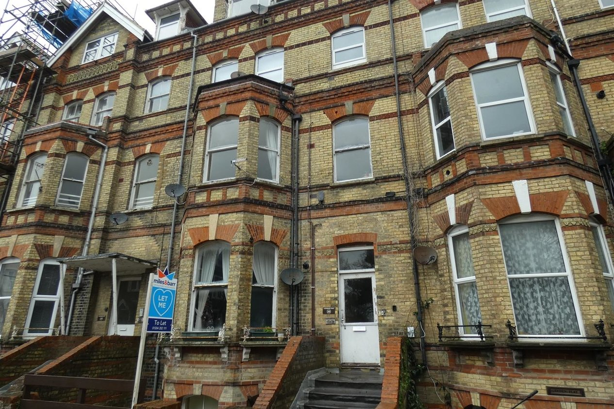 Properties To Let in Westbourne Gardens