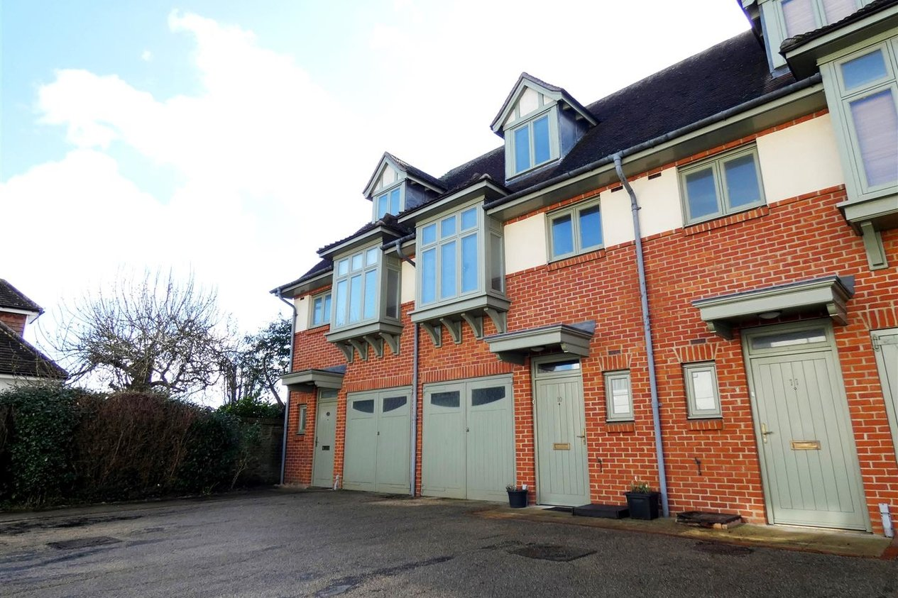 Properties Let Agreed in Westerly Mews
