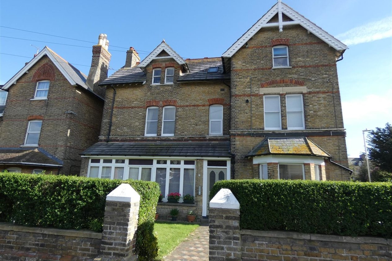 Properties Let Agreed in Westgate Bay Avenue