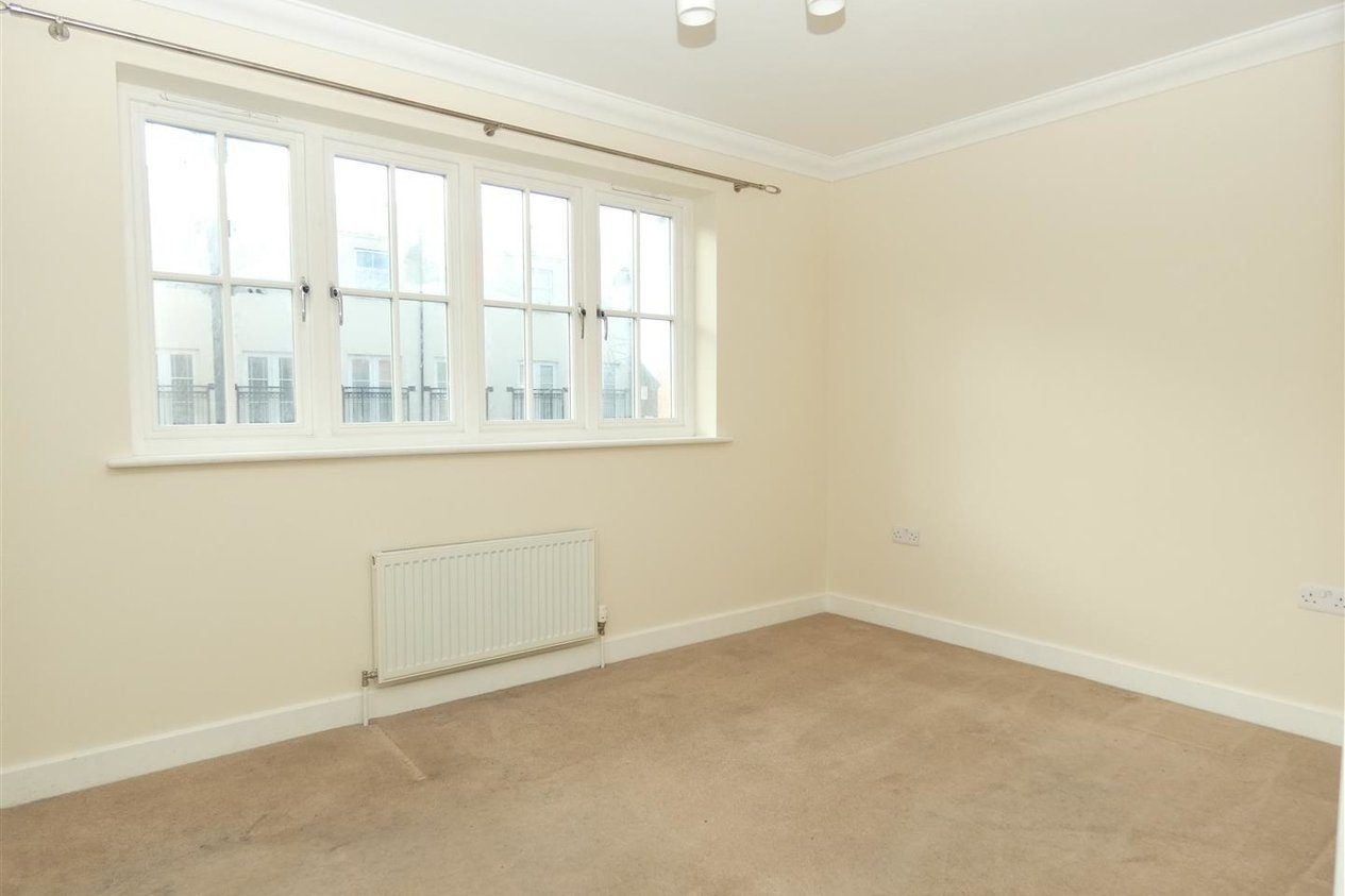 Properties To Let in St. Augustines Park