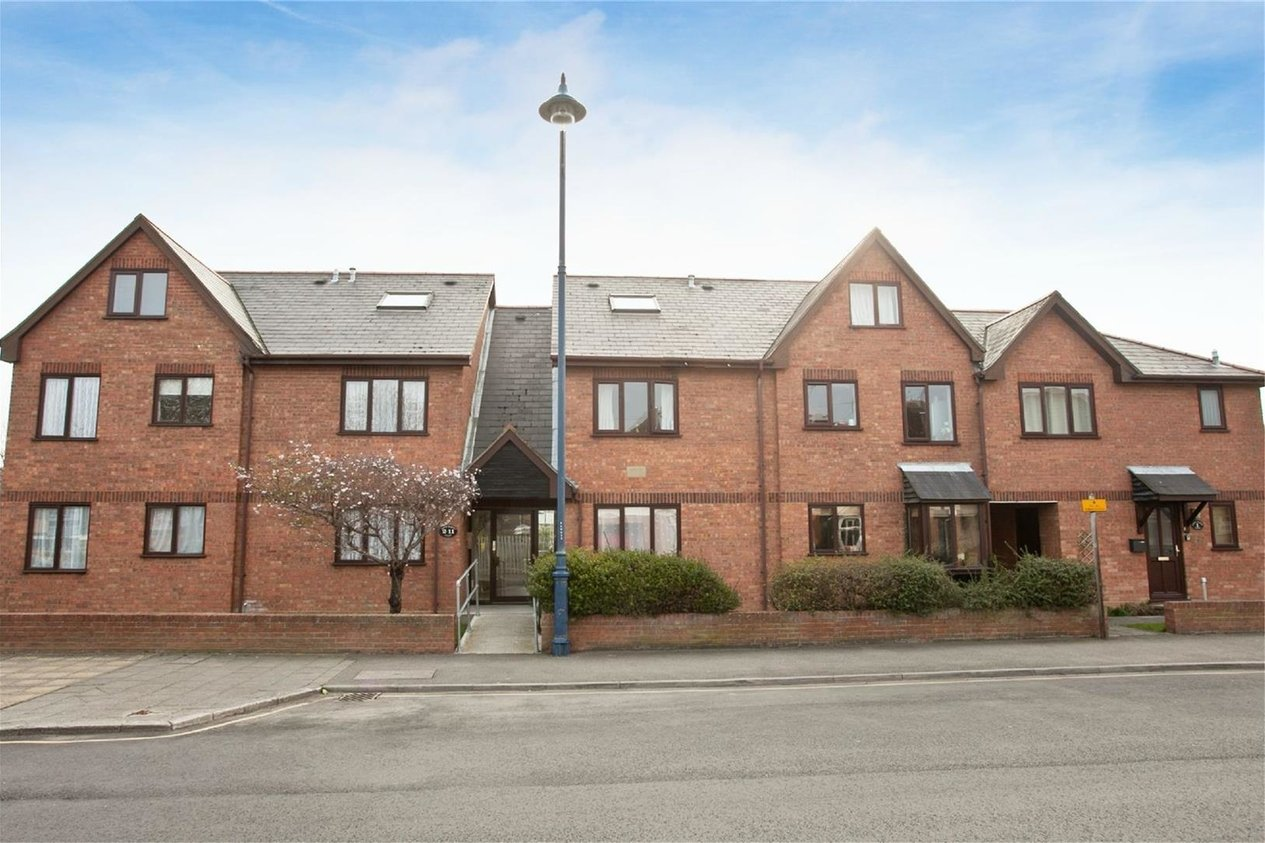 Properties Let Agreed in Whitemarsh Court, Cromwell Road