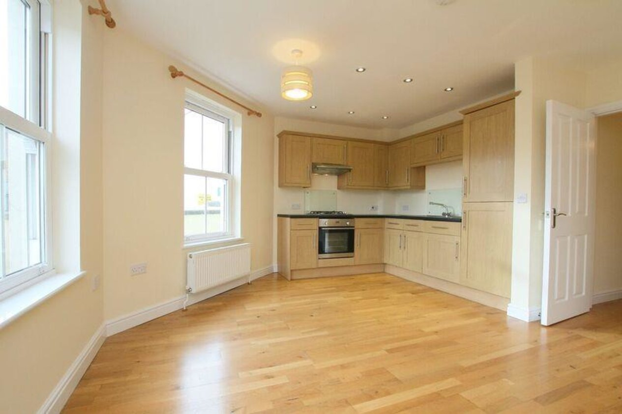 Properties Let Agreed in Woodall Court Clarendon Street